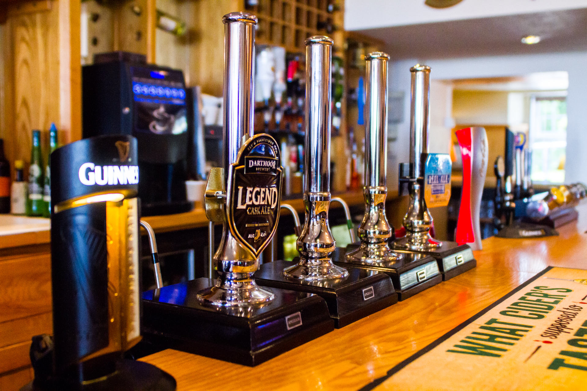 The Smugglers Inn - Beer Taps Photo
